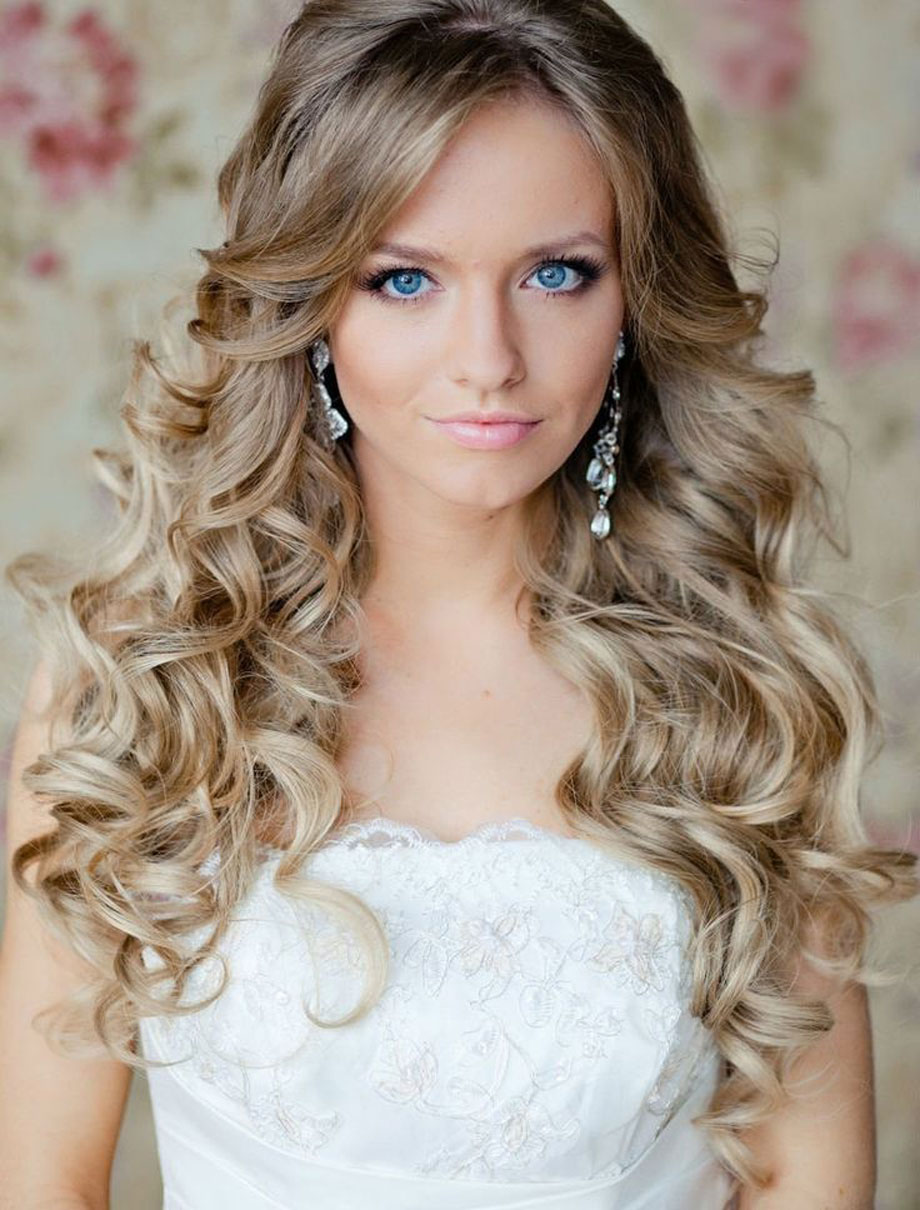 Easy Long Wavy Curly Hairstyles for Women